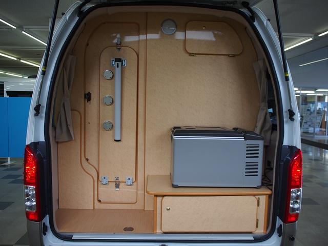 FOCS Di 4WD FFヒーター 寒冷地仕様 ソーラーパネル インバーター ツインサブ シンク 冷蔵庫 電子レンジ FFヒーター マックスファン レザーシート加工 フリップダウンモニター(17枚目)