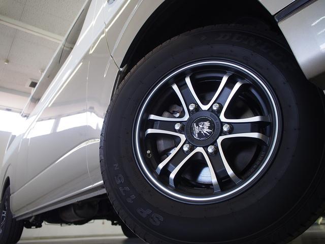 FOCS Di 4WD FFヒーター 寒冷地仕様 ソーラーパネル インバーター ツインサブ シンク 冷蔵庫 電子レンジ FFヒーター マックスファン レザーシート加工 フリップダウンモニター(25枚目)