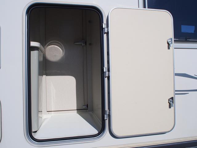 ベースグレード カムロード バンテック コルドバンクス FFヒーター シンク 2バーナーコンロ 冷蔵庫 液晶テレビ BSアンテナ Wサブバッテリー 充電機 インバーター FFヒーター サイドオーニング リアクーラー(23枚目)