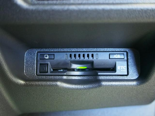 スーパーGL ダークプライム MRT タイプII 社外サンルーフ 4WD 純正SDナビ 地デジ 純正LEDヘッド ETC Bモニター LSD ハーフレザー ウッドコンビ ベッドキット サブバッテリー 床板張り AC100V(30枚目)