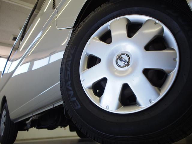 レクビィ サライ 4WD 乗車定員8名 社外SDナビ 地デジ Bモニター Rクーラー Rヒーター シンク給排水10Lポリタンク カセットコンロ サブバッテリー 外部充電器 走行充電 サイドオーニング(23枚目)