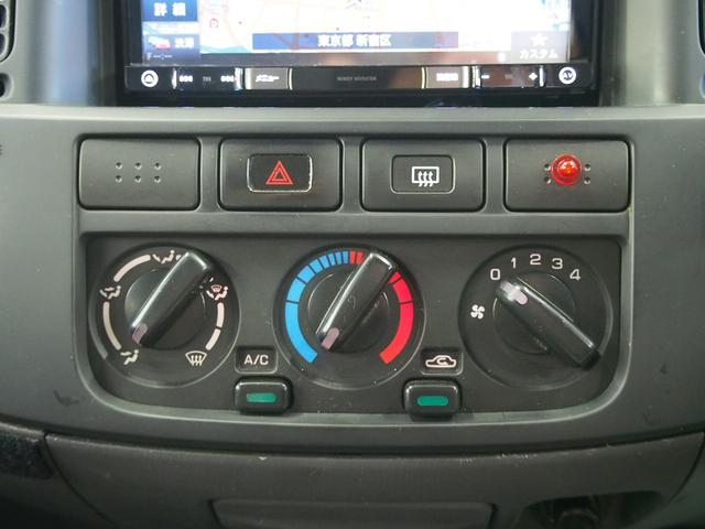 レクビィ サライ 4WD 乗車定員8名 社外SDナビ 地デジ Bモニター Rクーラー Rヒーター シンク給排水10Lポリタンク カセットコンロ サブバッテリー 外部充電器 走行充電 サイドオーニング(29枚目)