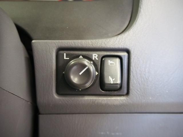 レクビィ サライ 4WD 乗車定員8名 社外SDナビ 地デジ Bモニター Rクーラー Rヒーター シンク給排水10Lポリタンク カセットコンロ サブバッテリー 外部充電器 走行充電 サイドオーニング(32枚目)