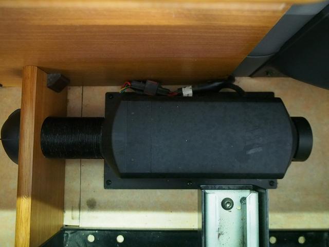 レクビィ サライ 4WD 乗車定員8名 社外SDナビ 地デジ Bモニター Rクーラー Rヒーター シンク給排水10Lポリタンク カセットコンロ サブバッテリー 外部充電器 走行充電 サイドオーニング(34枚目)
