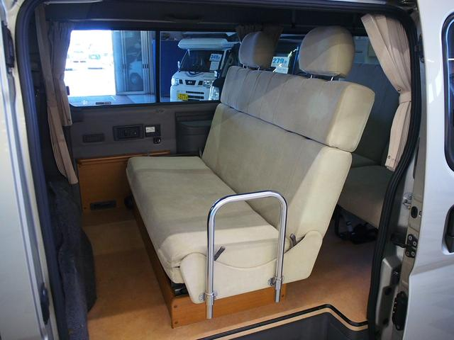レクビィ サライ 4WD 乗車定員8名 社外SDナビ 地デジ Bモニター Rクーラー Rヒーター シンク給排水10Lポリタンク カセットコンロ サブバッテリー 外部充電器 走行充電 サイドオーニング(36枚目)