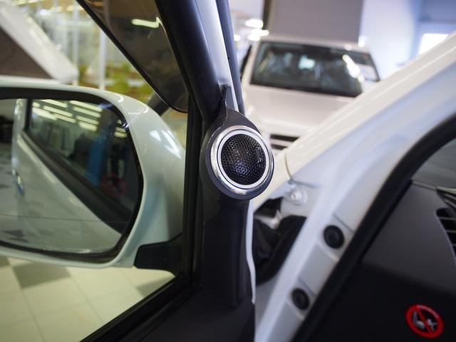 GL 社外ベッドキット 4WD 社外HDDナビ DVD 地デジ Bモニター 社外16インチAW 社外Fリップ社外ショック 強化スタビライザー ローダウン 左側パワスラ フリップダウン 純正HID(28枚目)