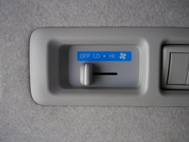 GL 社外ベッドキット 純正SDナビ 地デジ BT F・S・Bカメラ 社外18インチAW モデリスタエアロローダウン 左パワスラ 社外LEDテール 純正LEDヘッド フリップダウンモニター LSD(24枚目)