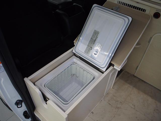 RVビッグフット W AC 4.7 社外ナビ 地デジ Bカメラ ETC ワンオーナー シンク 網戸エンゲル製DC冷蔵庫 19インチTV 4サブバッテリー インバーター FFヒーター 家庭用エアコン(9枚目)