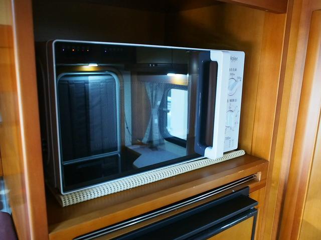 AtoZ アルファ タイプ1 シンク 冷蔵庫 電子レンジ ツインサブバッテリー 走行充電 ソーラーパネル 1500Wインバーター FFヒーター マックスファン 外部電源 キーレス 社外ナビ Bカメラ(12枚目)