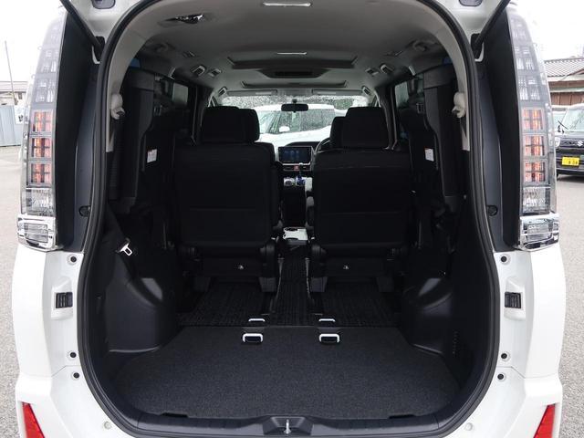 トヨタ ヴォクシー ZS サンルーフ BIGX10型ナビ 両側電動ドア 7人