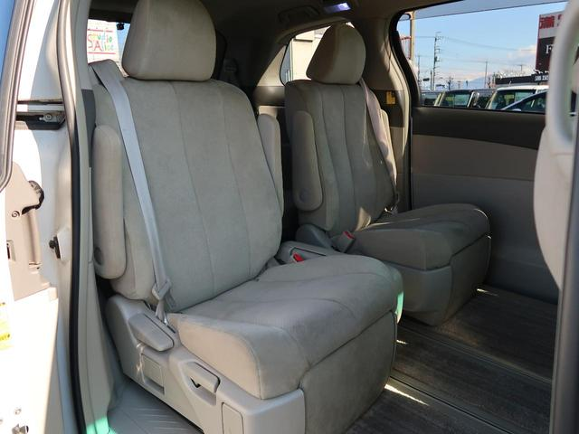 G 4WD 7人 純正HDDナビ フロント/サイド/バックモニター 両側パワスラ 禁煙車 パワーシート シートヒーター HIDヘッド 100V電源 クルーズコントロール スマートキー ビルトインETC(12枚目)