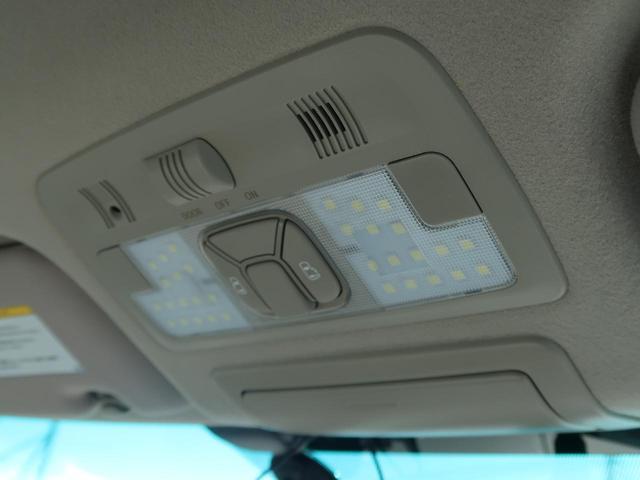 G 4WD 7人 純正HDDナビ フロント/サイド/バックモニター 両側パワスラ 禁煙車 パワーシート シートヒーター HIDヘッド 100V電源 クルーズコントロール スマートキー ビルトインETC(64枚目)