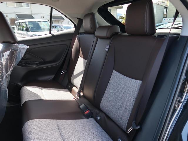 ハイブリッドZ 純正8型ディスプレイオーディオ 全方位モニター セーフティセンス シートヒーター パワーシート スマートキー LEDヘッド 純正18AW レーダークルーズ クリアランスソナー オートハイビーム(10枚目)