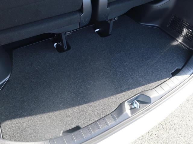 ZS 煌III 登録済未使用車 セーフティセンス 両側パワスラ スマートキー クリアランスソナー オートハイビーム LEDヘッド 純正16AW アイドリングストップ レーンアシスト 7人 現行型(42枚目)