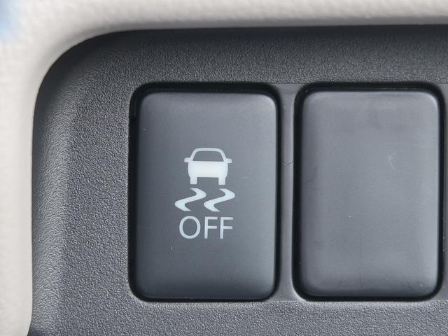 E 新品7型ナビ 地デジ 禁煙車 キーレスエントリー シートヒーター 電動格納ミラー 横滑り防止装置 プライバシーガラス ヘッドライトレベライザー(5枚目)