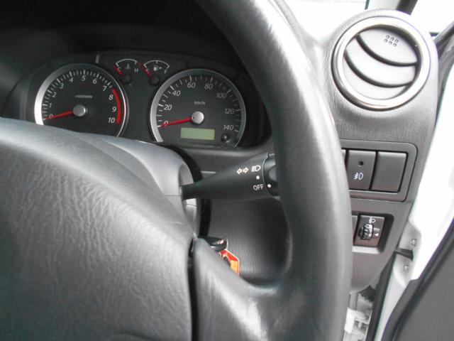 XG 4WD 5MT Newパーツ 2インチリフトアップキット マッドタイヤ マフラー ワンオーナー 禁煙車(15枚目)