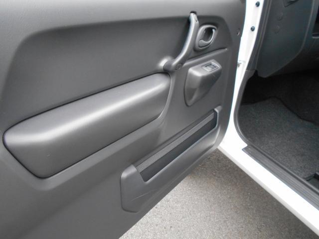 XG 4WD 5MT Newパーツ 2インチリフトアップキット マッドタイヤ マフラー ワンオーナー 禁煙車(21枚目)