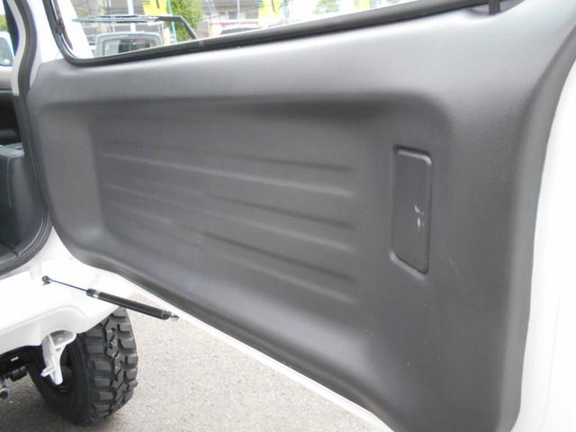 XG 4WD 5MT Newパーツ 2インチリフトアップキット マッドタイヤ マフラー ワンオーナー 禁煙車(25枚目)