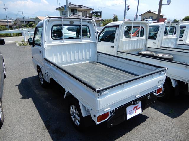 TB 4WD 5速マニュアル エアコンパワステ付き(4枚目)