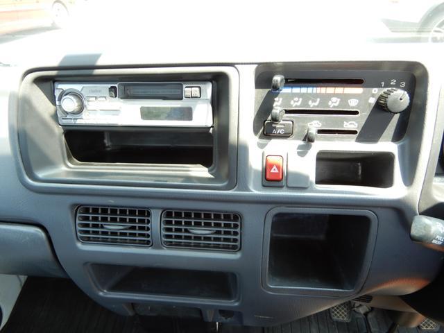 TB 4WD 5速マニュアル エアコンパワステ付き(11枚目)