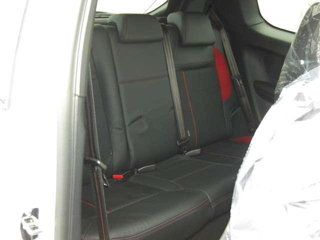 GTi フロントリップ 社外3連メーター ブローフバルブ(8枚目)