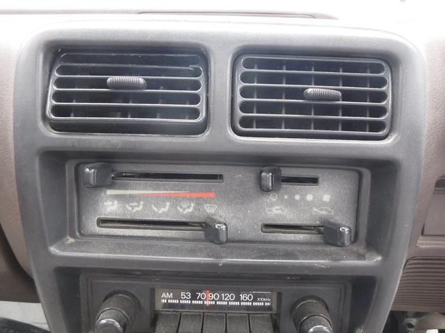 4WD 4速マニュアル AMラジオ(19枚目)