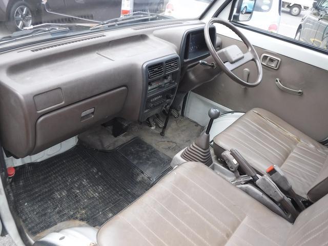 4WD 4速マニュアル AMラジオ(24枚目)