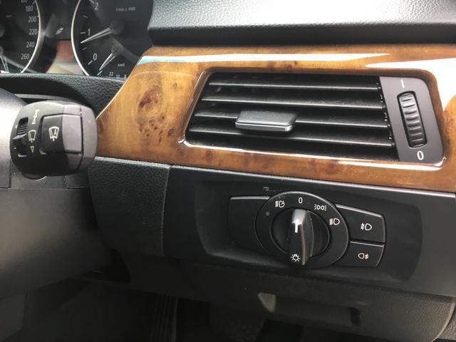 BMW BMW 320iハイラインパッケージ ディーラー車 サンルーフ 黒革