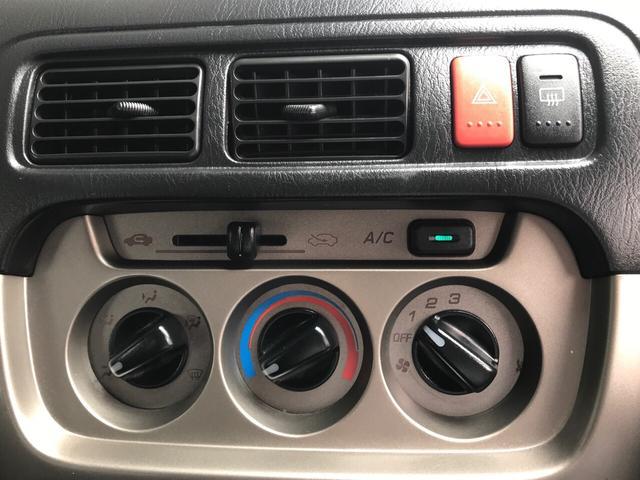 ベースグレード 4WD 5速MT キーレス CDデッキ(12枚目)