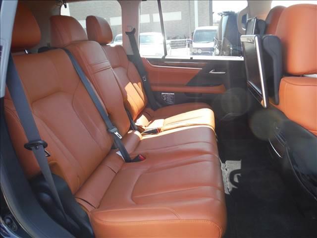 LX5704WDメーカーナビリアエンターモデリスタエアロ(17枚目)