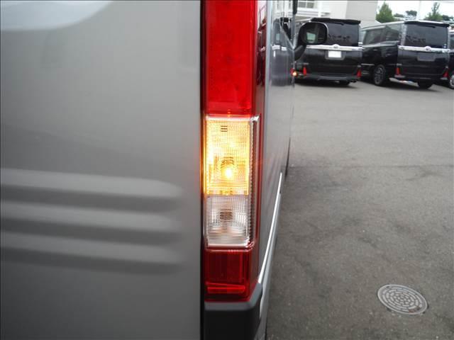 G・ホンダセンシング 4WD ホンダセンシング レーダークルーズ レーンキープ 純正ラジオ キーレス オートAC VSA アイドリングストップ ECONモード(6枚目)