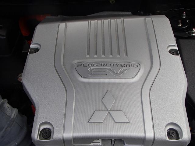 4WD!メーカーSDナビ!フルセグ!ロックフォードサウンド!マルチアラウンドモニター!エレクトリックテールゲート!FCM!LDW!ACC!クリアランスソナー!ビルトインETC!LEDヘッドライト!