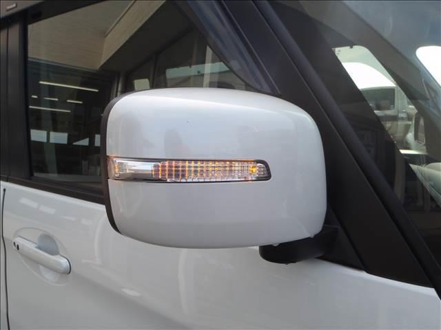 TS 4WDターボメモリーナビ両側パワスラアイドリングストップスマートキープッシュスタートシートヒーターオートライトキセノン本革巻ステア純正フルエアロ純正15AW(6枚目)