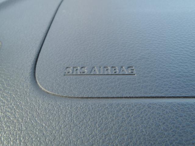 TS 4WDターボメモリーナビ両側パワスラアイドリングストップスマートキープッシュスタートシートヒーターオートライトキセノン本革巻ステア純正フルエアロ純正15AW(26枚目)