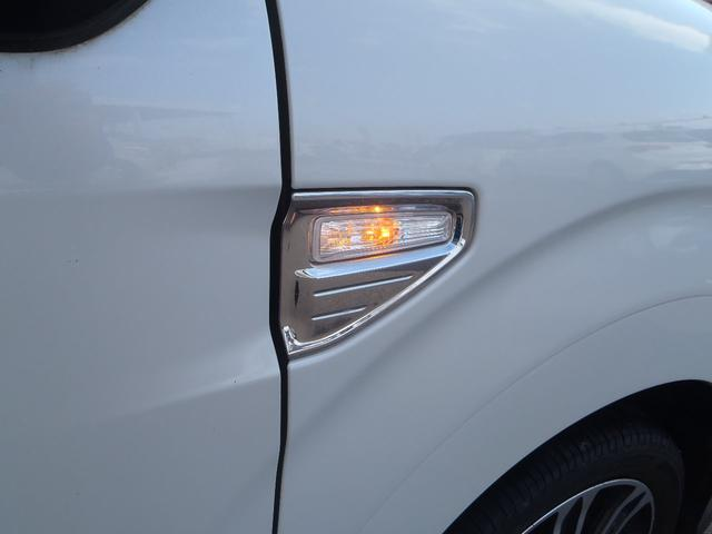 スポーツSAII 4WD ターボ ストラーダSDナビ フルセグ Bカメラ スマートアシスト2 エコアイドル MOMOステアリング パドルシフト ETC ハーフレザーシート シートヒーター LEDヘッドライト 2トーン(42枚目)