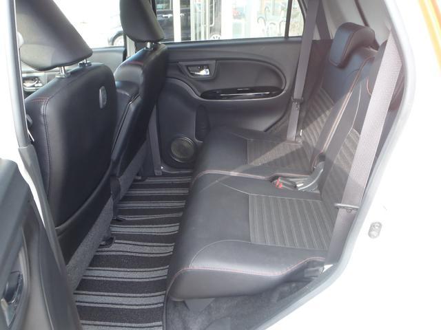 スポーツSAII 4WD ターボ ストラーダSDナビ フルセグ Bカメラ スマートアシスト2 エコアイドル MOMOステアリング パドルシフト ETC ハーフレザーシート シートヒーター LEDヘッドライト 2トーン(51枚目)