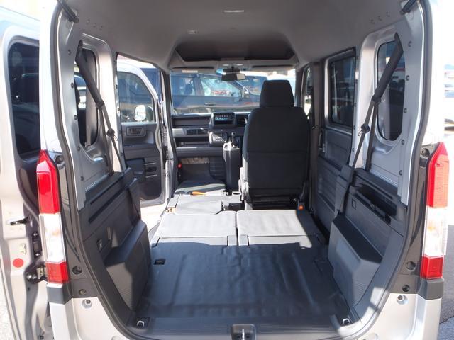 L・ホンダセンシング 4WD 6速MT ホンダセンシング CMBS アイドリングストップ 純正ラジオ キーレス VSA オートAC ETC 電格ミラー 充電用USBジャック(46枚目)
