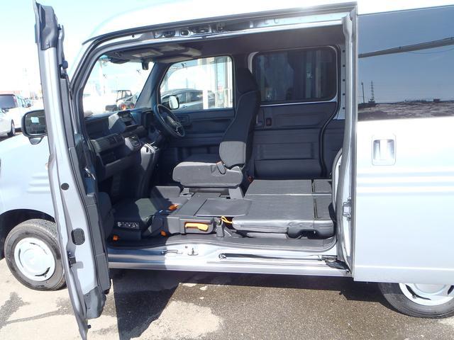 L・ホンダセンシング 4WD 6速MT ホンダセンシング CMBS アイドリングストップ 純正ラジオ キーレス VSA オートAC ETC 電格ミラー 充電用USBジャック(50枚目)