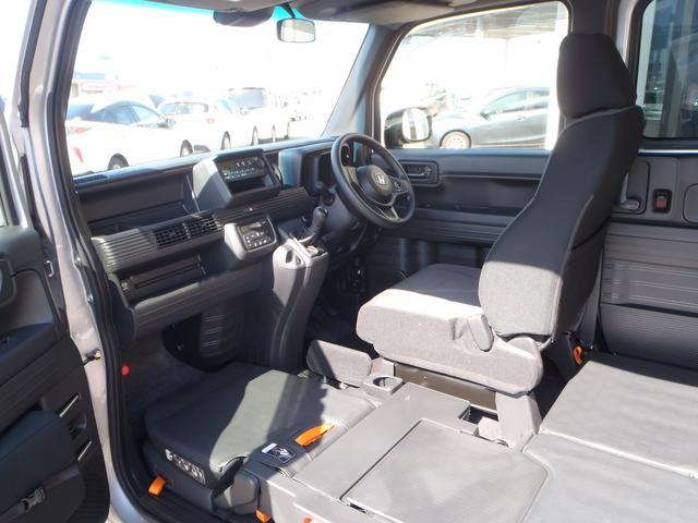 L・ホンダセンシング 4WD 6速MT ホンダセンシング CMBS アイドリングストップ 純正ラジオ キーレス VSA オートAC ETC 電格ミラー 充電用USBジャック(52枚目)