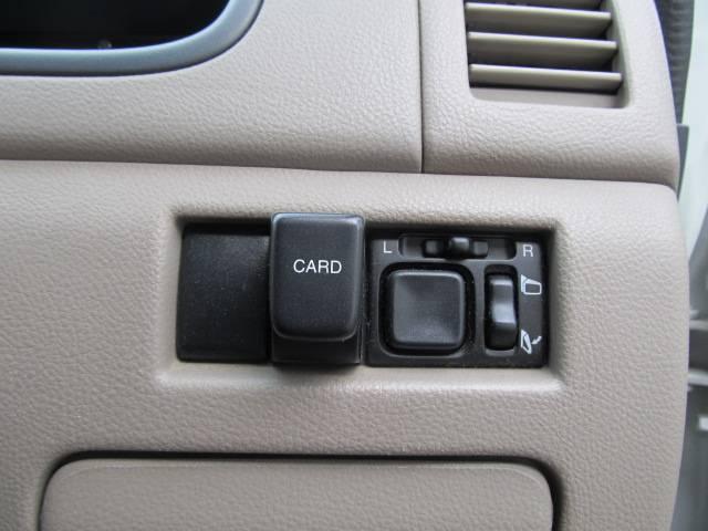 C 4WD シートヒーター キーレス CD フル装備(12枚目)