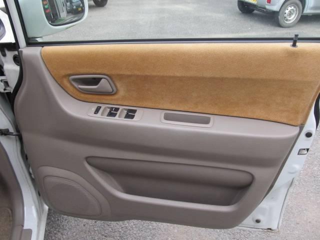 C 4WD シートヒーター キーレス CD フル装備(13枚目)