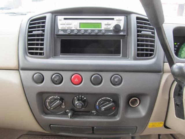 C 4WD シートヒーター キーレス CD フル装備(15枚目)