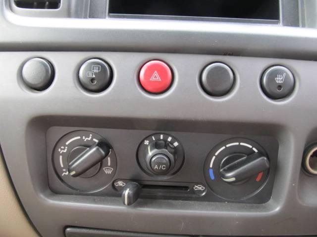 C 4WD シートヒーター キーレス CD フル装備(17枚目)