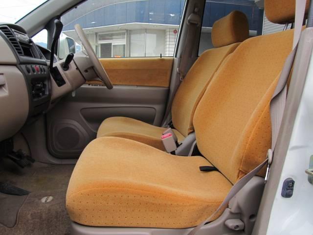 C 4WD シートヒーター キーレス CD フル装備(20枚目)