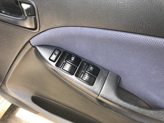 ダイハツ ムーヴ Lリミテッド 4WD 5MT CD