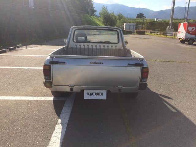 日産 サニートラック DX