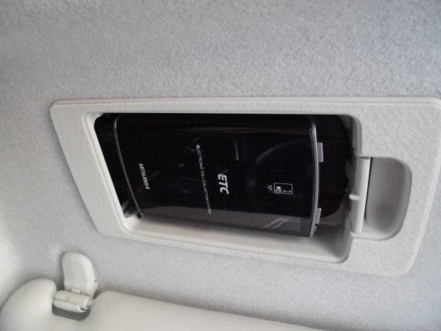 高速道路を使ってのドライブにはマストアイテムのETCです。