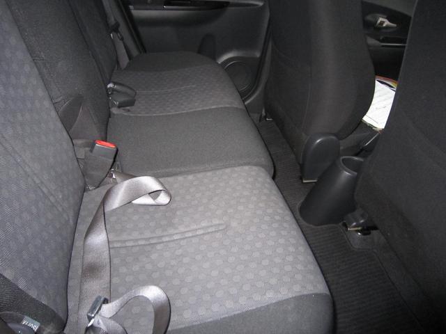 トヨタ イスト 150G 16インチアルミ キーレス