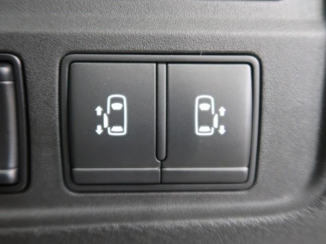 [ハンズフリーオートスライドドア]足だけで開閉可能なハンズフリーオートスライドドア。お子様を抱いていても安心です。