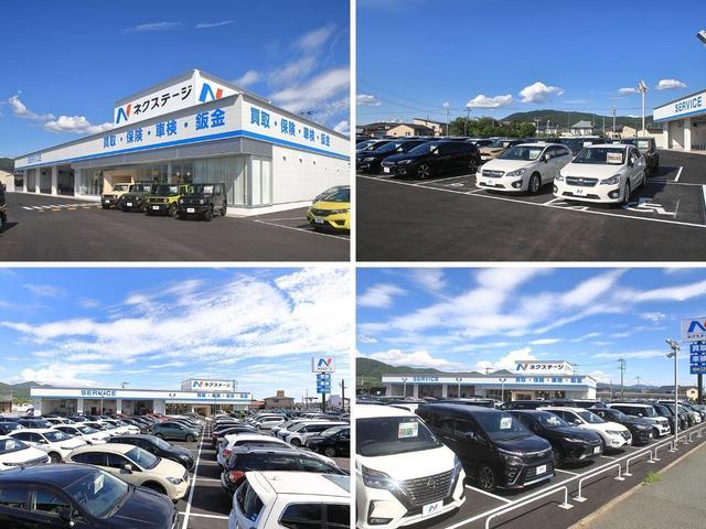 後方確認をより正確に安全に行うバックカメラ付き。視界の悪い悪天候時、夜間の後方確認時に。ドライバーをサポートします。